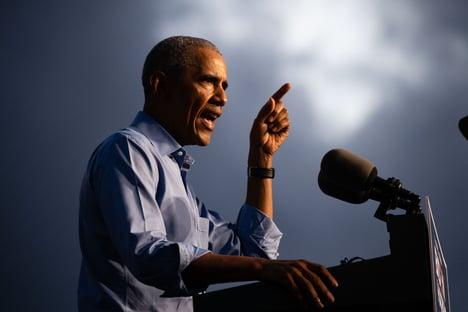 Fake news são a maior ameaça à nossa democracia, diz Obama