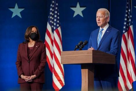 """Biden diz que seu gabinete está pronto para """"liderar o mundo, não retirar-se dele"""""""