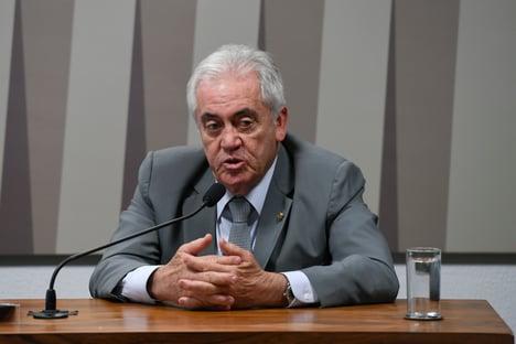 """Senador mais velho da CPI da Covid não vê """"má vontade"""" de Pacheco"""