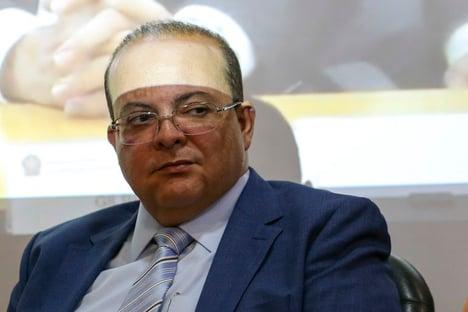Ibaneis, o governador do camarote
