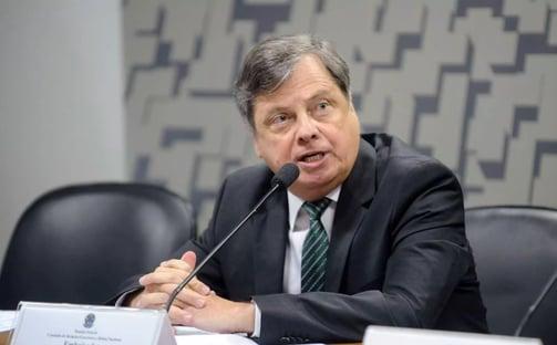 Chanceler desautoriza embaixador bolsonarista