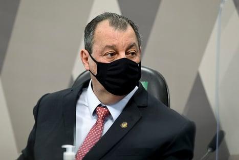 """Omar Aziz: """"O ministro da Saúde é o Bolsonaro"""""""