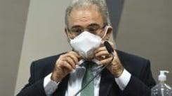 Queiroga foge de perguntas sobre cloroquina e irrita integrantes da CPI