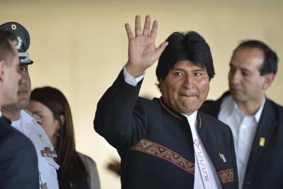 Vídeo: Bolivianos tomam as ruas contra Evo Morales
