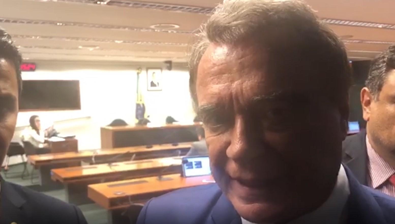 VÍDEO – Alvaro Dias critica obstrução da PEC do Foro