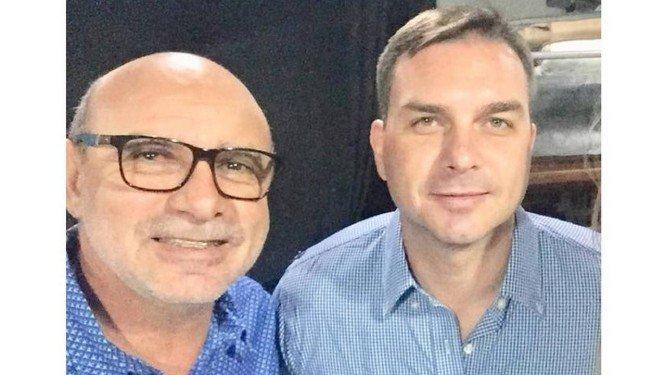 Justiça libera investigação sobre Flávio Bolsonaro