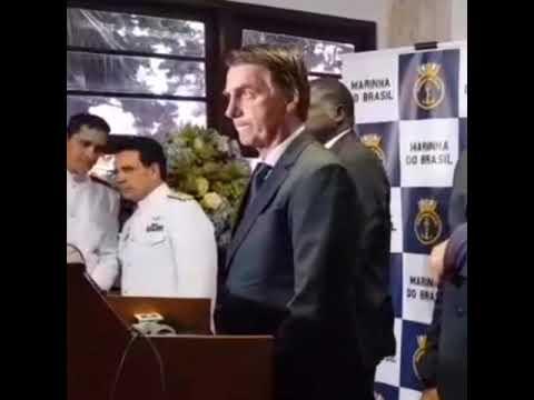 VÍDEO: Bolsonaro comenta movimentação suspeita de ex-motorista de Flávio