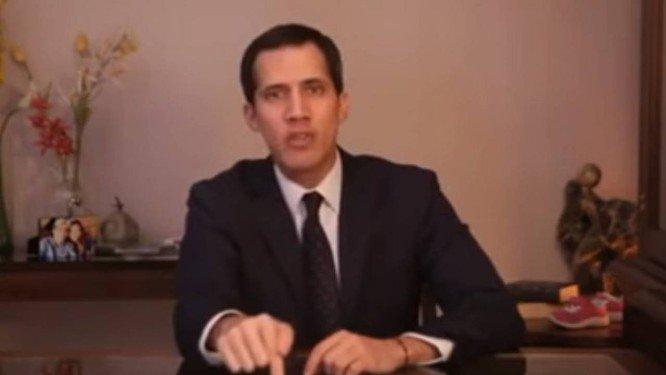 Urgente: Chefe do Parlamento se declara presidente da Venezuela