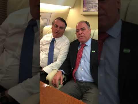 Alvo de bloqueio do TRF-4, Bezerra grava vídeo com Bolsonaro em voo a Pernambuco