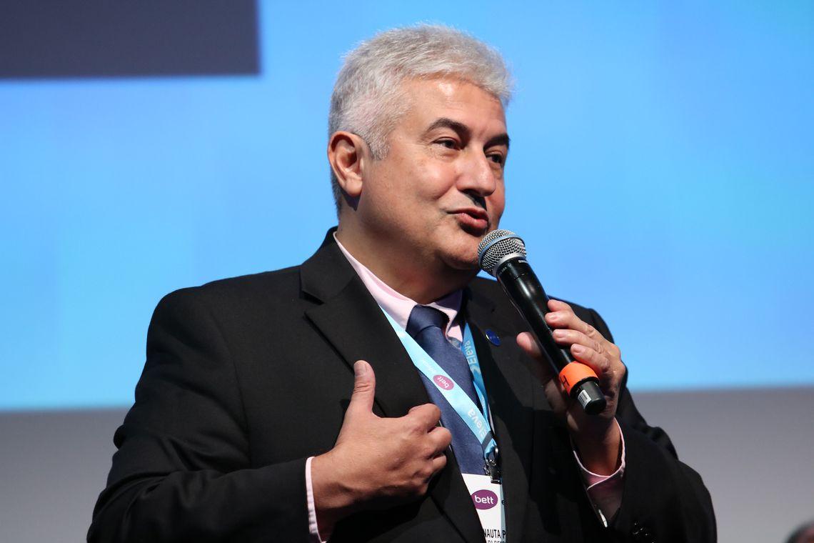 Marcos Pontes diz que testou positivo para Covid-19