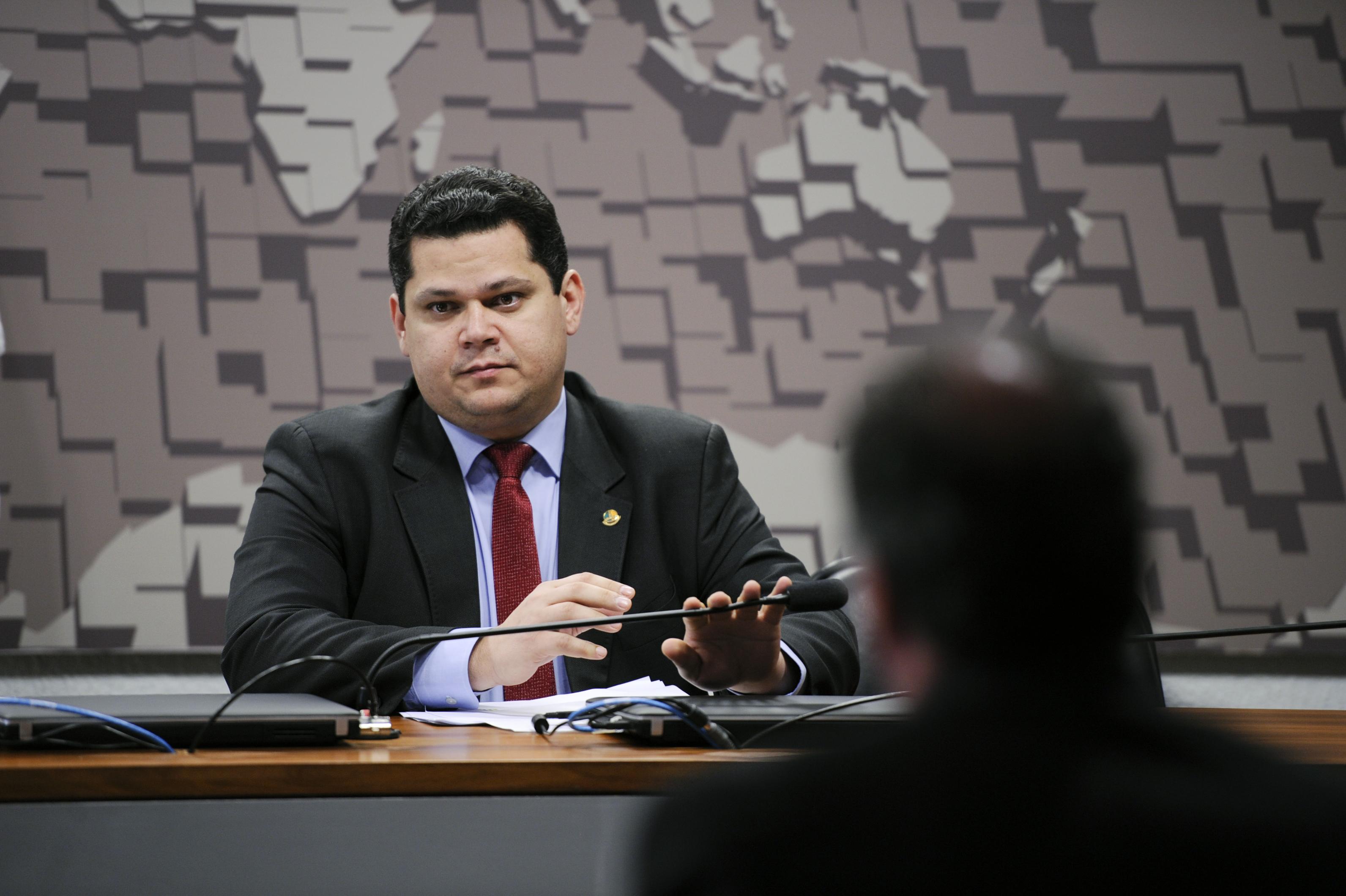 AO VIVO: Olho vivo na CCJ do Senado