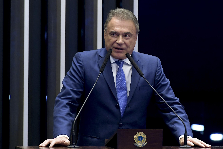 """Resultado de imagem para Alvaro: """"Será que foi por isso que Lula disse que não aceitaria o semiaberto?"""""""