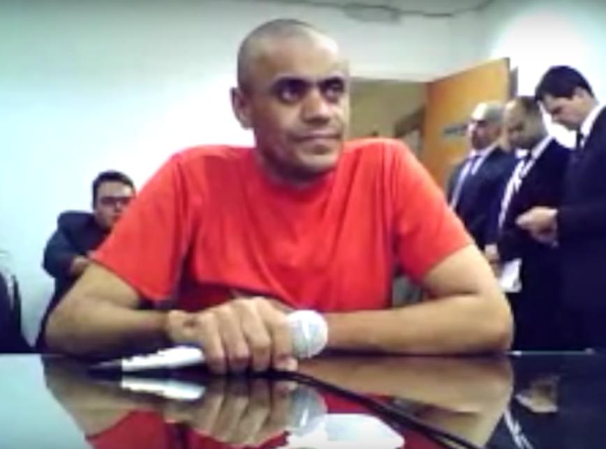 Resultado de imagem para Ministério Público pede transferência de esfaqueador de Bolsonaro