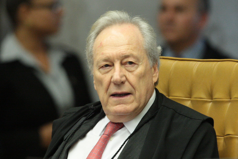 Lewandowski rejeita ação do MBL para abrir gastos de Bolsonaro