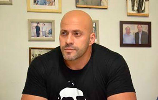 daniel silveira com camiseta do bolsonaro