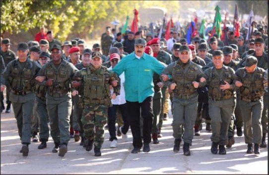 """Maduro promete """"arrebentar os dentes"""" de Bolsonaro"""