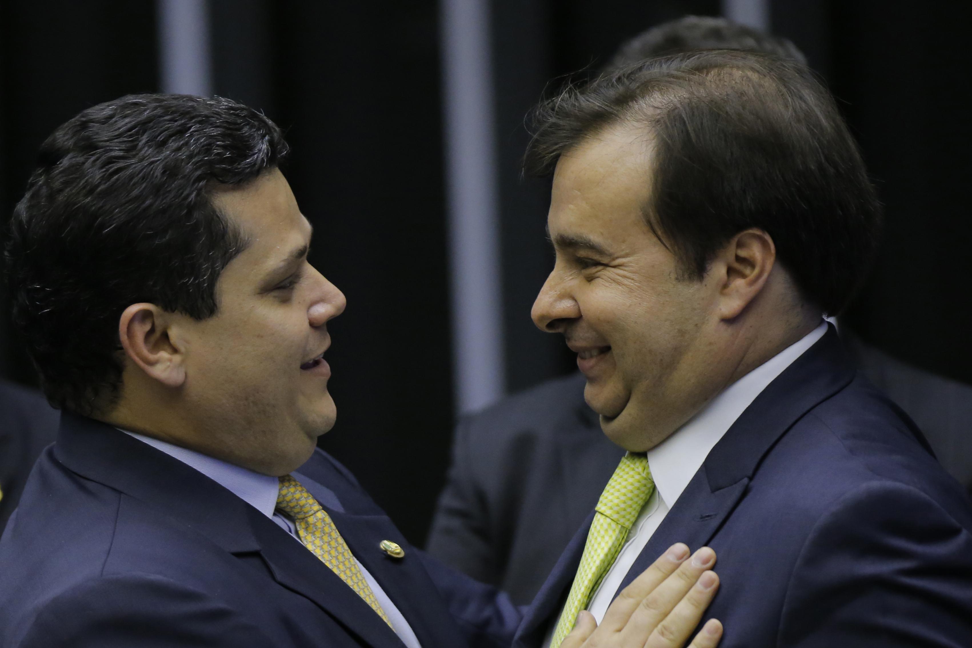 EXCLUSIVO: 'Grupo VIP' do Congresso direcionou 3,8 bilhões de verba extra do Ministério do Desenvolvimento Regional