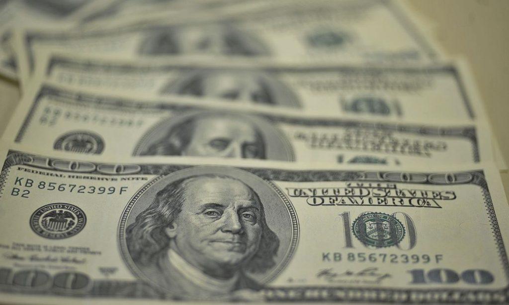 Dólar fecha em queda; Ibovespa sobe e se aproxima dos 100 mil pontos – O Antagonista