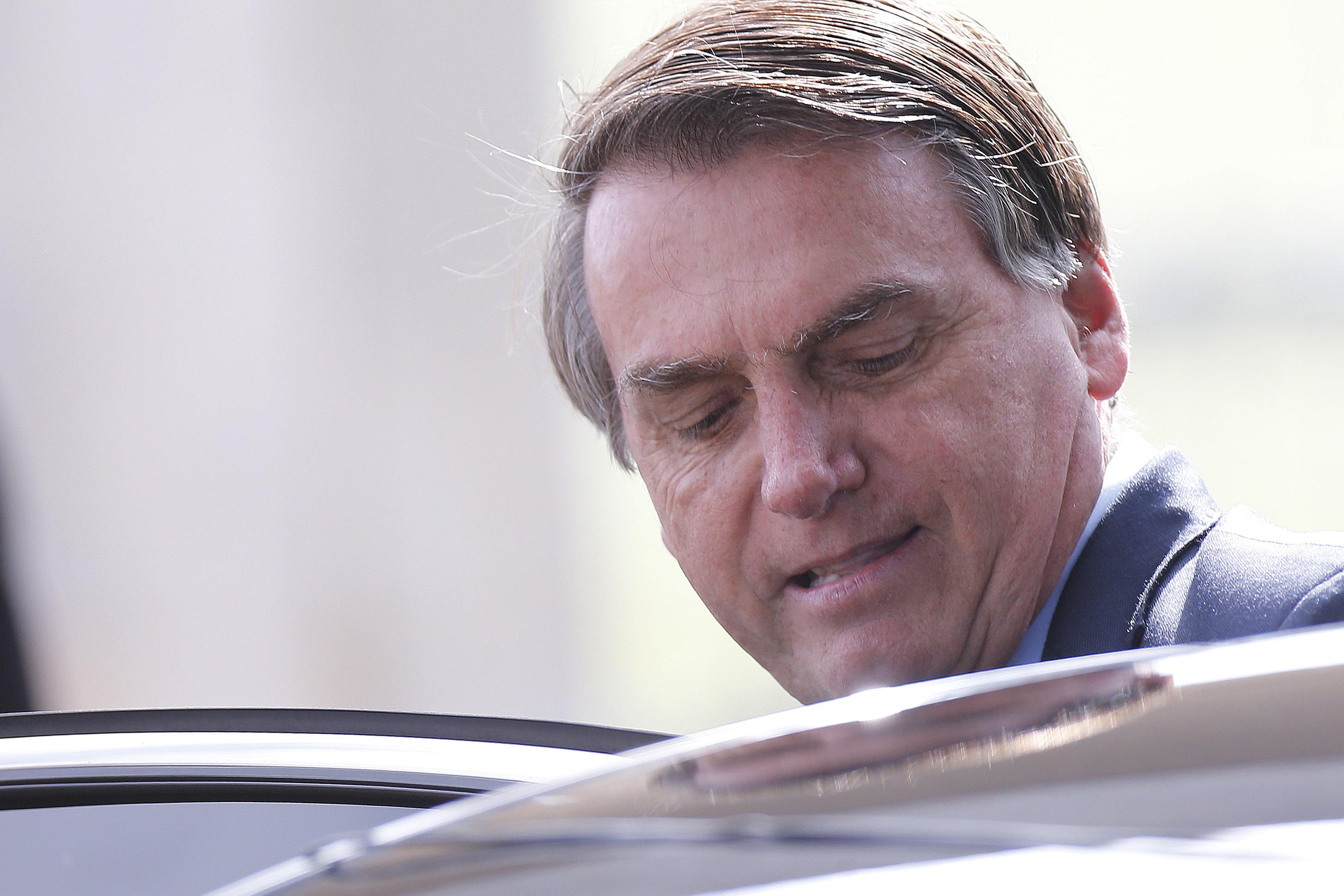 Sites bolsonaristas e de jogo do bicho receberam verba publicitária de Bolsonaro
