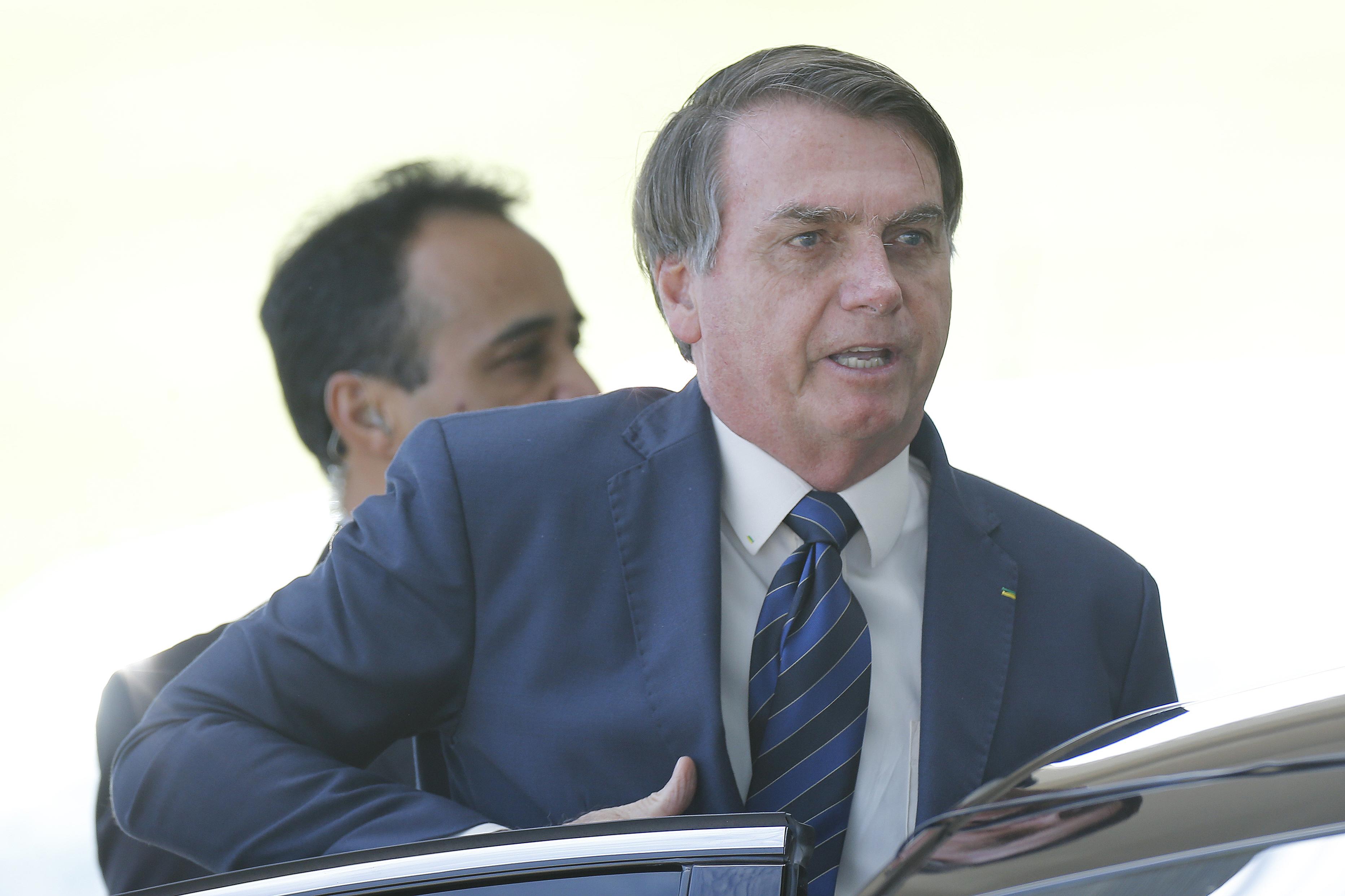 """""""Tem que perguntar para o Doria"""", diz Bolsonaro sobre mortes em SP"""