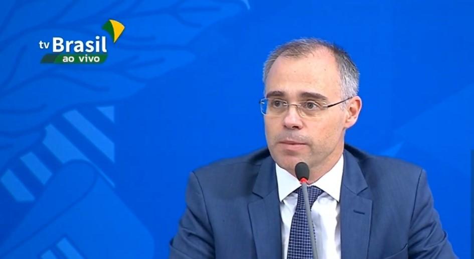 STF encaminha à PGR pedido de investigação de André Mendonça por dossiê sobre antifascistas