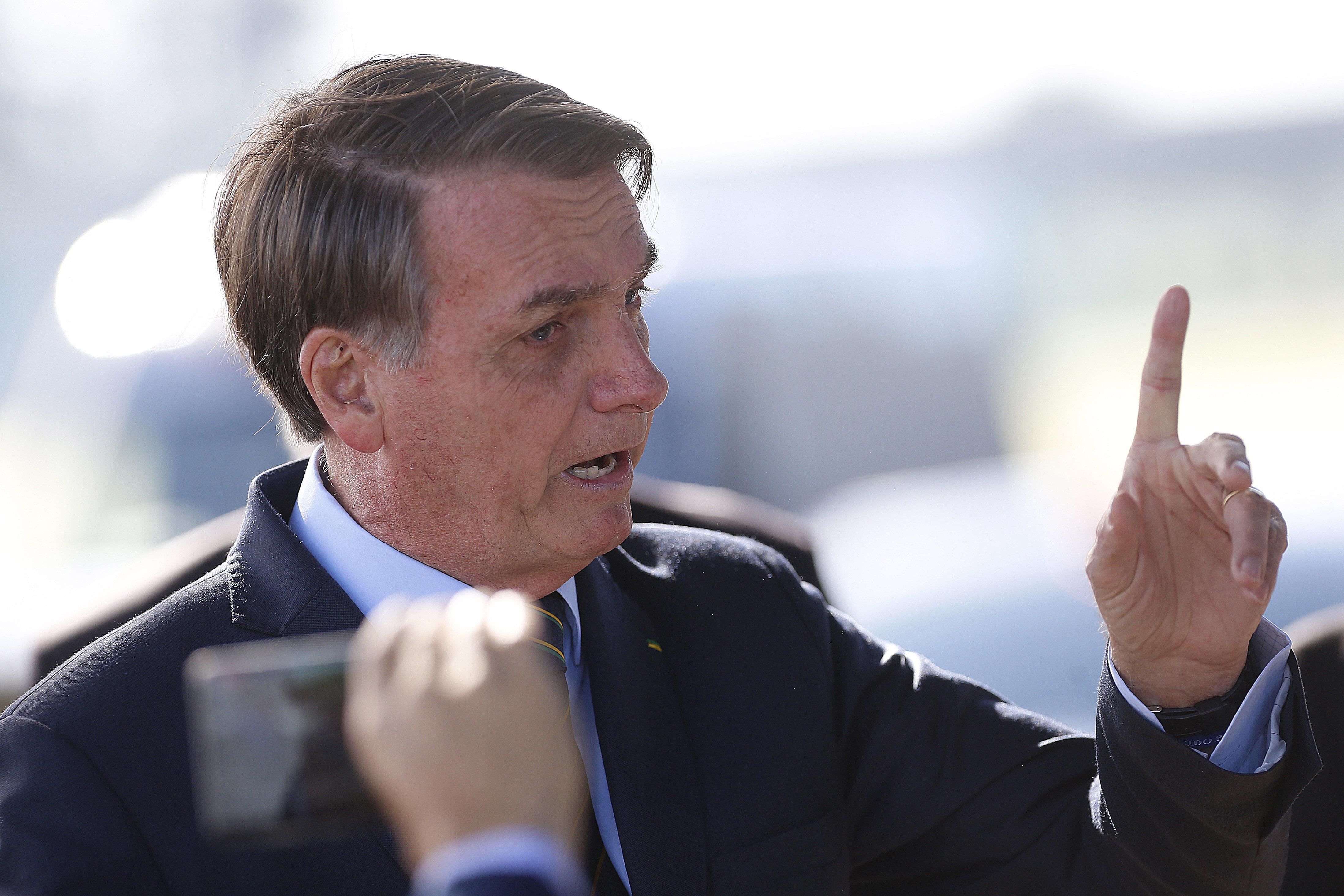 """""""Moro, Valeixo sai esta semana"""", disse Bolsonaro em mensagem"""