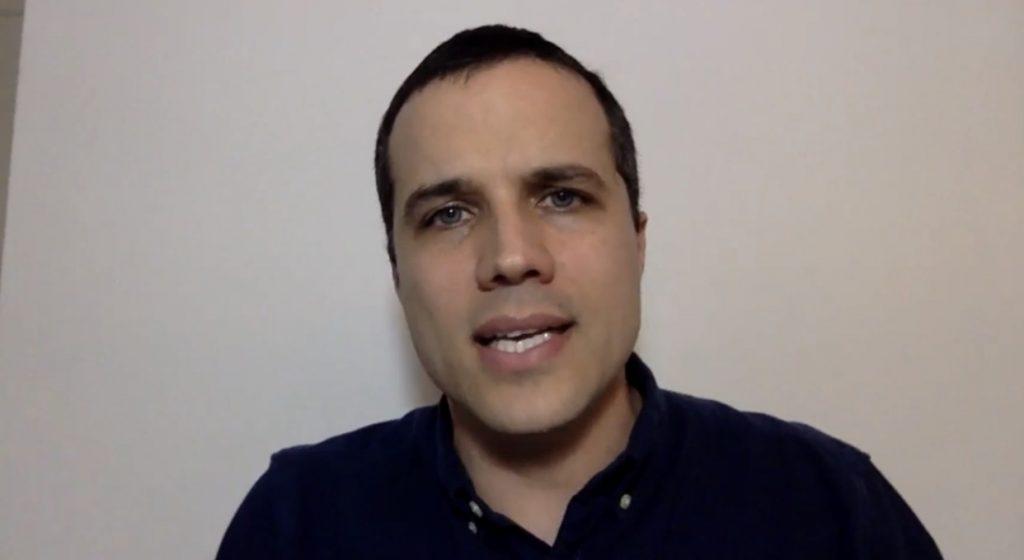 """Vídeo: Trump """"comunista"""", Centrão """"conservador"""""""