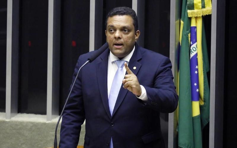 """Otoni de Paula: """"Não vou me calar se Braga Netto nomear a filha ..."""