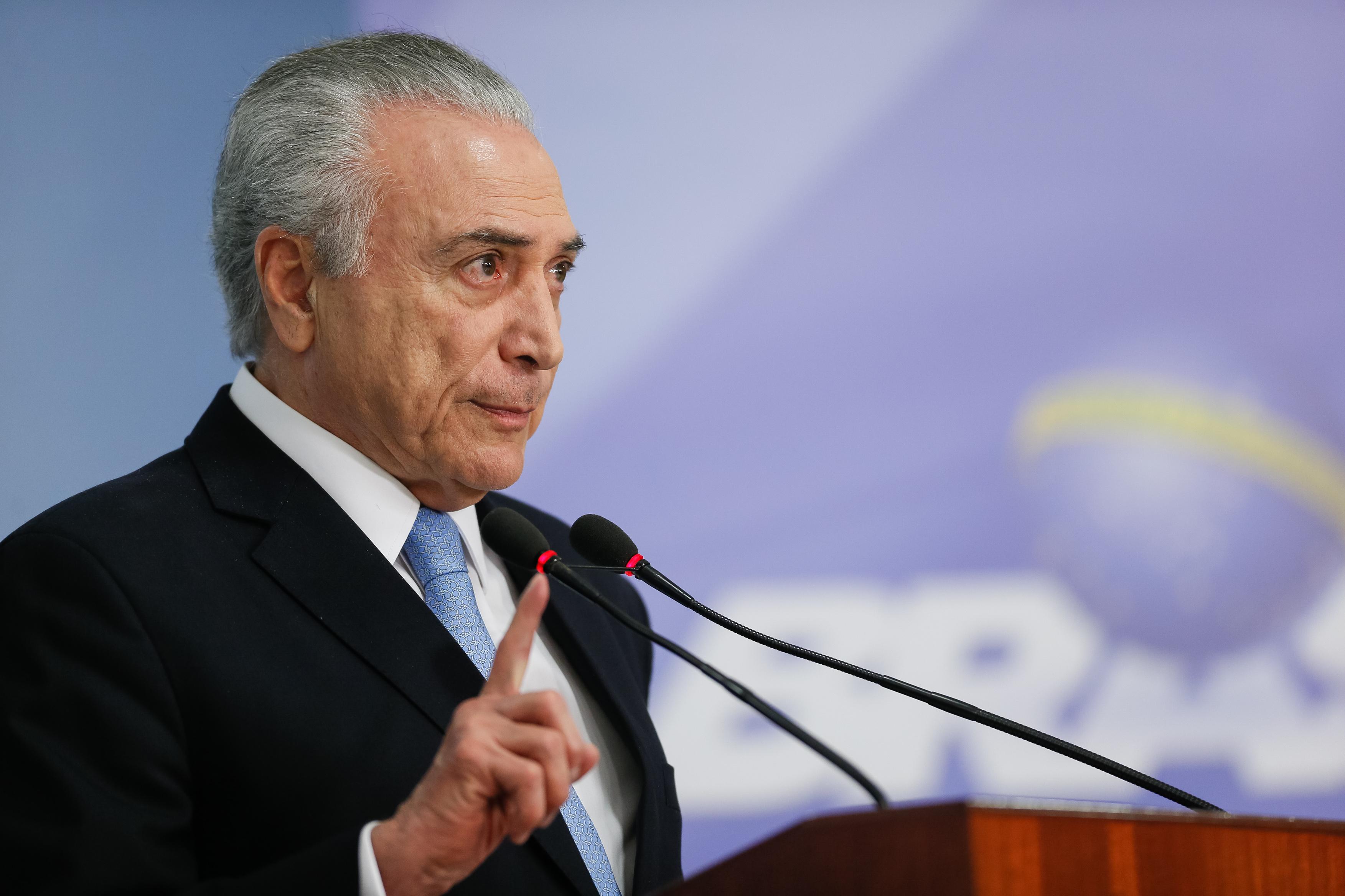 Urgente: Planalto publica convocação de Temer