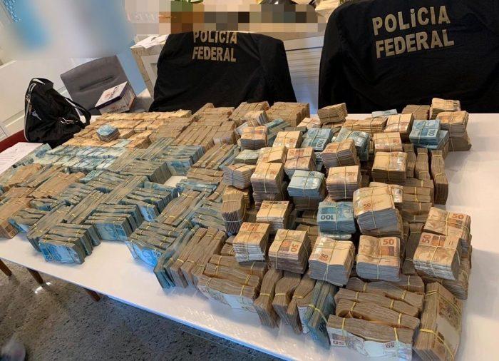 PF encontra R$ 3,5 milhões na casa de suspeito por desvios nos ...
