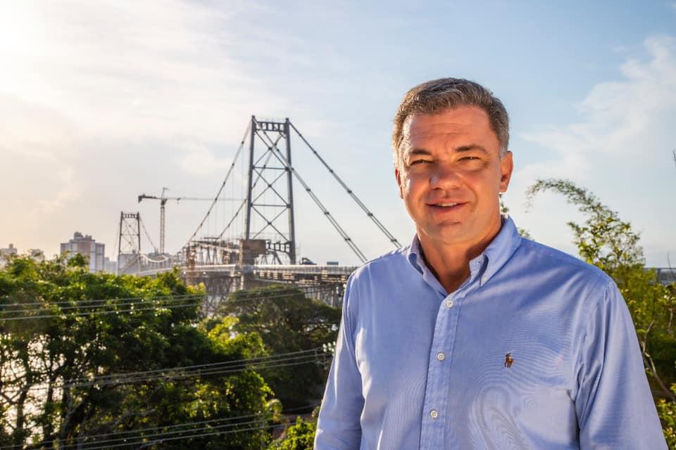 De Cancún, prefeito de Florianópolis decidiu por novo lockdown