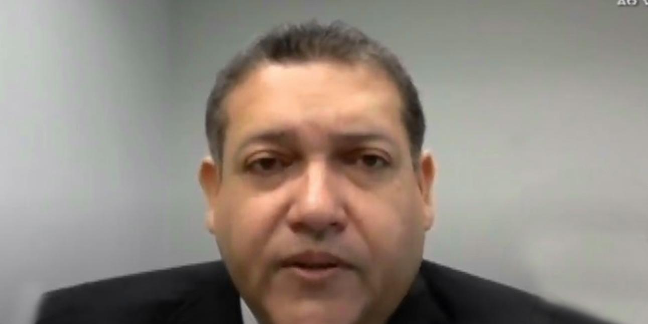 Nunes Marques suspende quebra de sigilo de médico olavista e número 2 de Pazuello