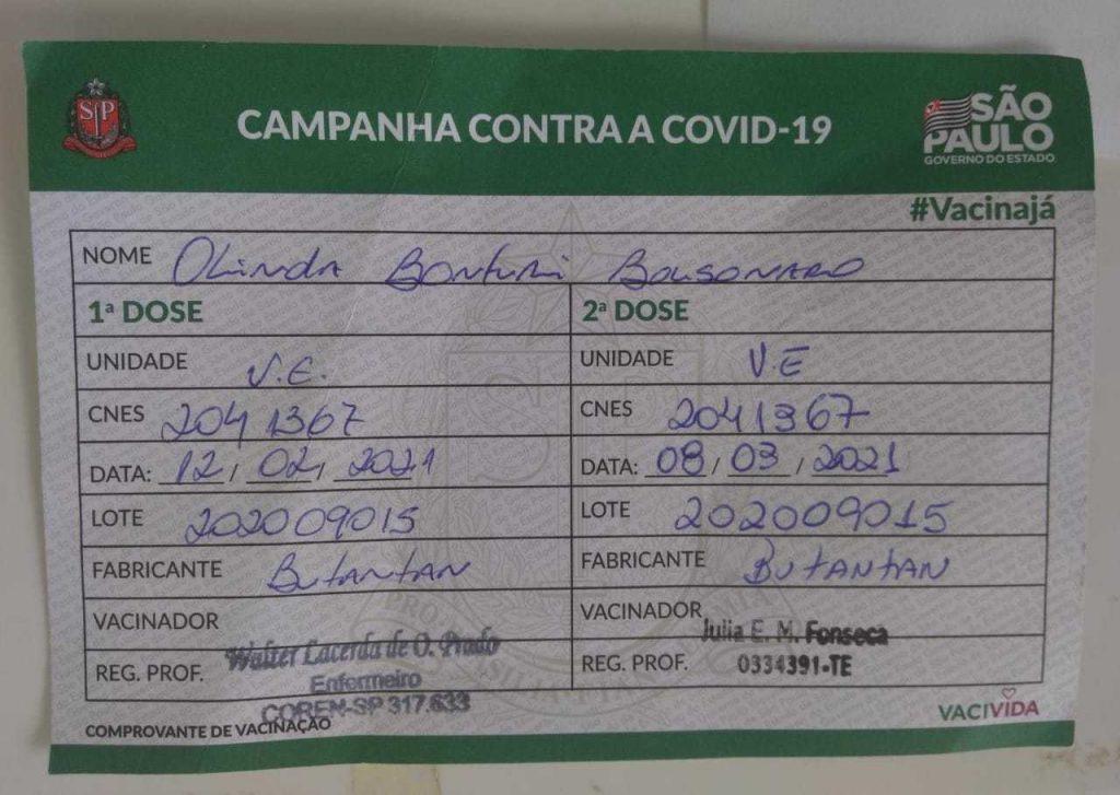 Cartão de vacinação da mãe do Bolsonaro, dona Olinda