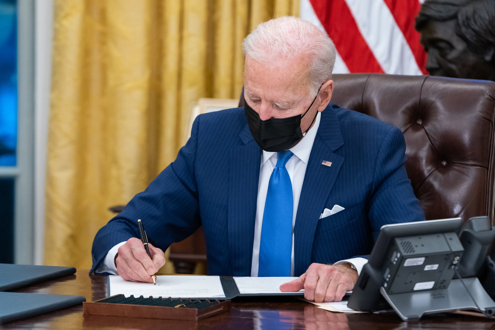 Joe Biden no Salão Oval