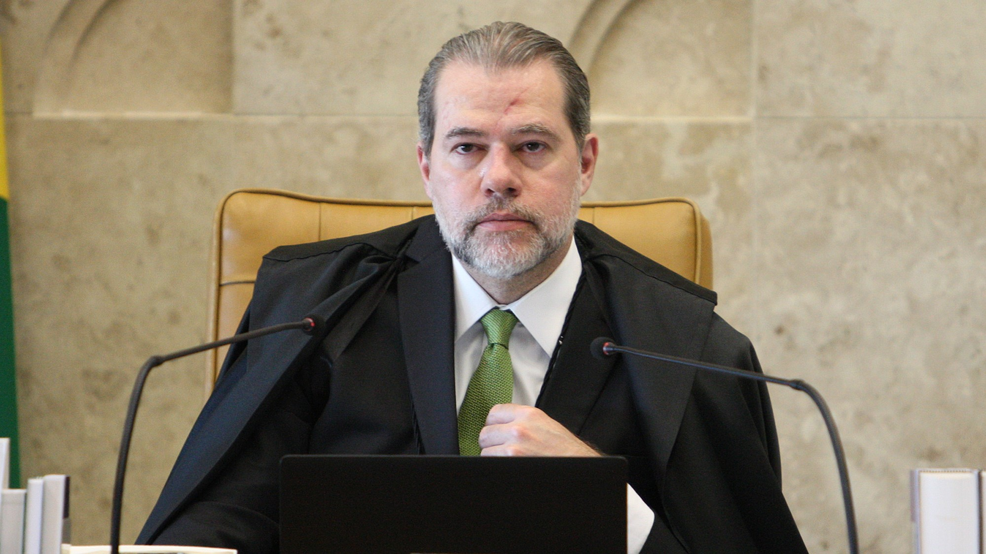 Toffoli nega pedido para obrigar Bolsonaro a desbloquear site no Twitter
