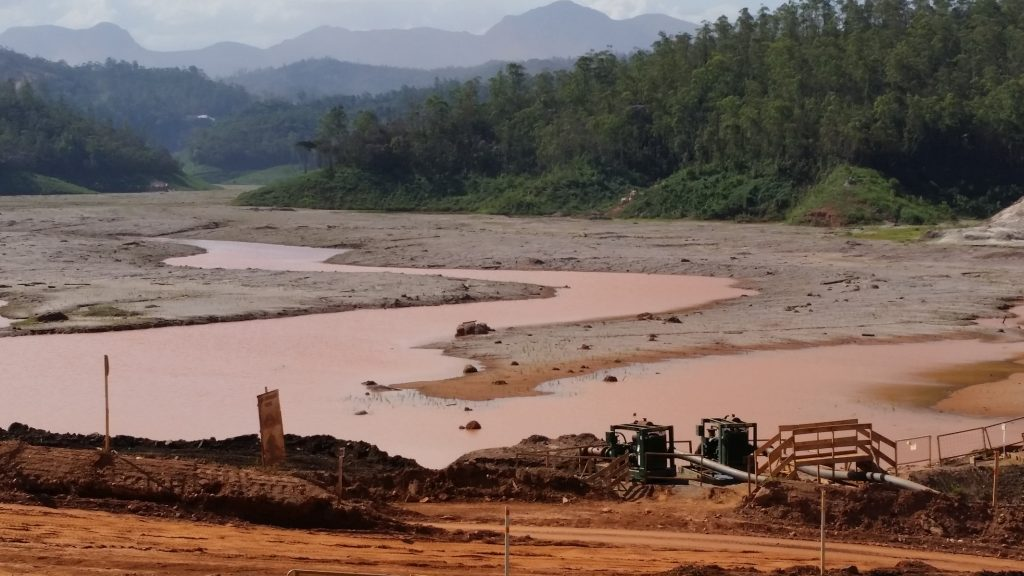 Câmara aprova projeto que dispensa várias obras de licença ambiental
