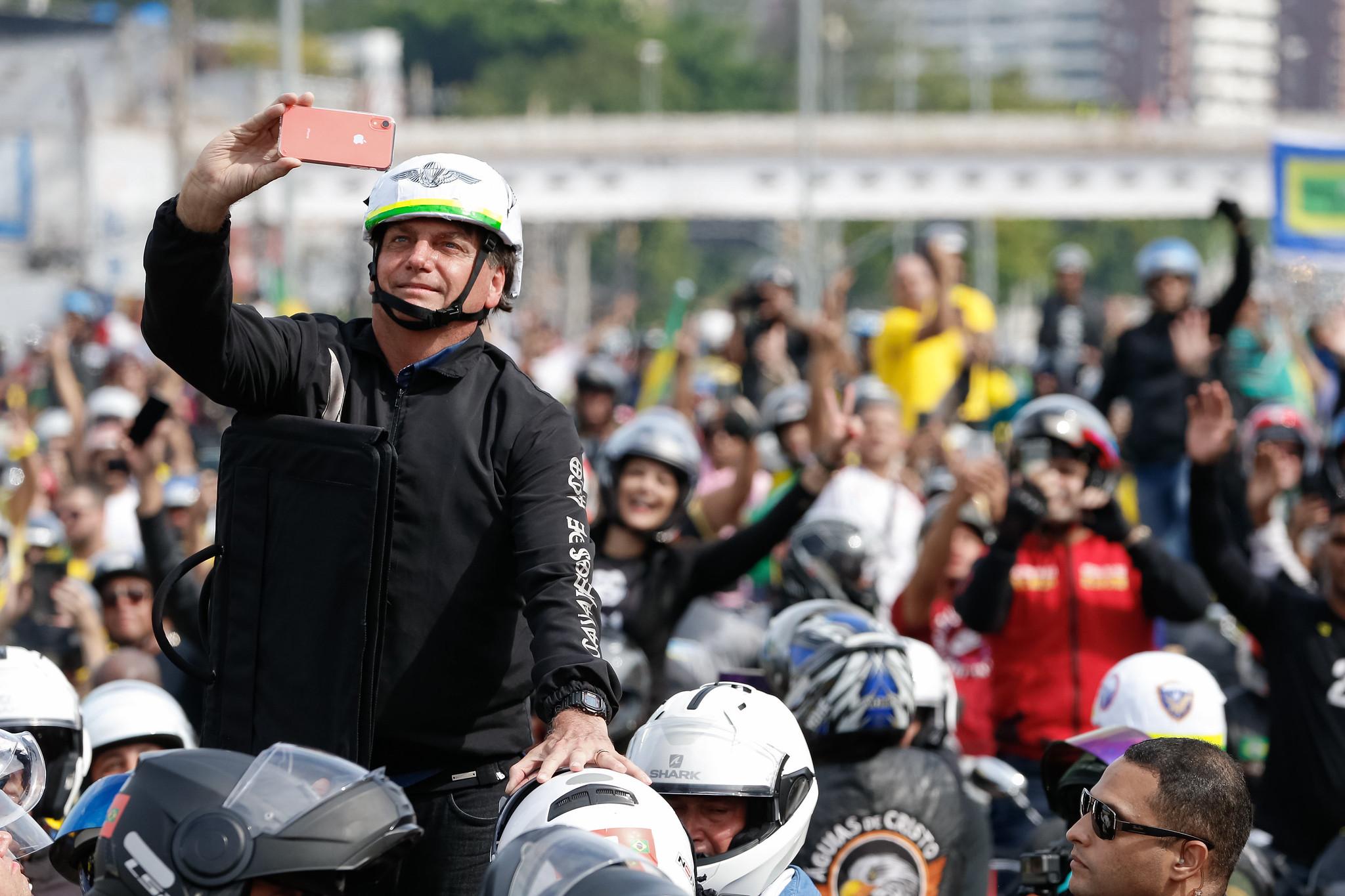 'Motociata' de Bolsonaro mobiliza mais de 6 mil policiais