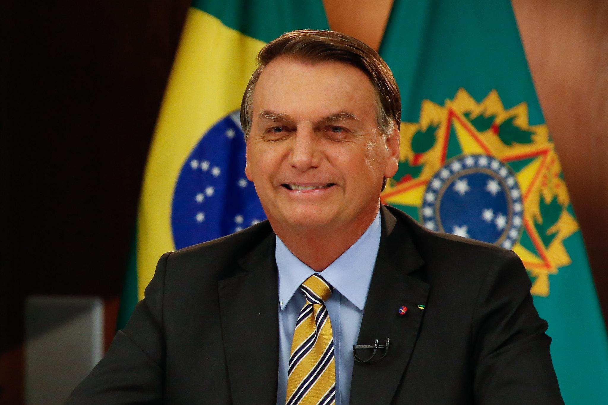 'Para Maduro e Fernández não tem vacina', diz Bolsonaro